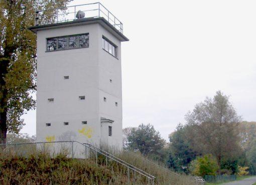 Wachturm am Mauerweg