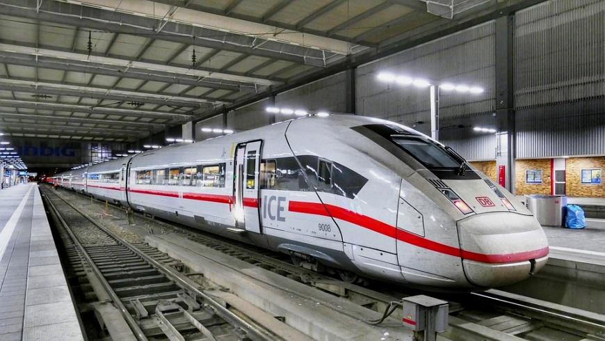 Deutsche Bahn ICE 4