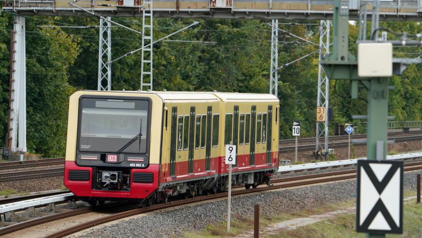 S-Bahn Baureihe ET 483 / ET 484