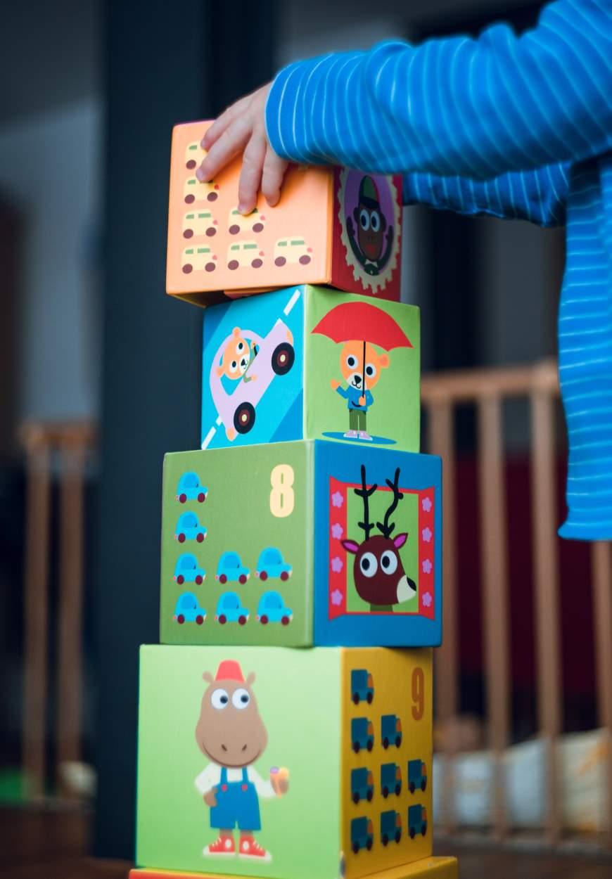 Pädagogik im Kleinkindalter: Auch Fingerspitzengefühl will gelernt sein - Foto: © wortlaut Sprachwerkstatt UG